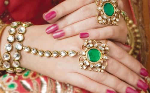 indian-bridal-kundan-jewelry-set-4.jpg